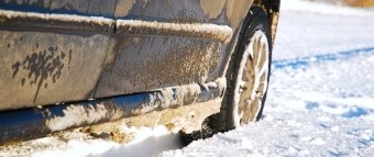 car-in-the-snow_new
