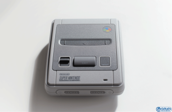 Die SNES Classic Mini in voller Pracht
