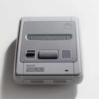 Die SNES Classic Mini in voller Pracht